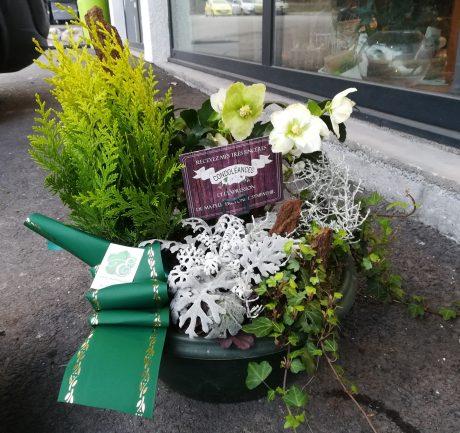 Coupe de plantes sépulture